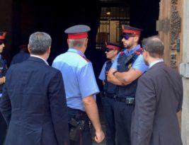 Gest d'autoritat del govern i el parlament davant la Guàrdia Civil